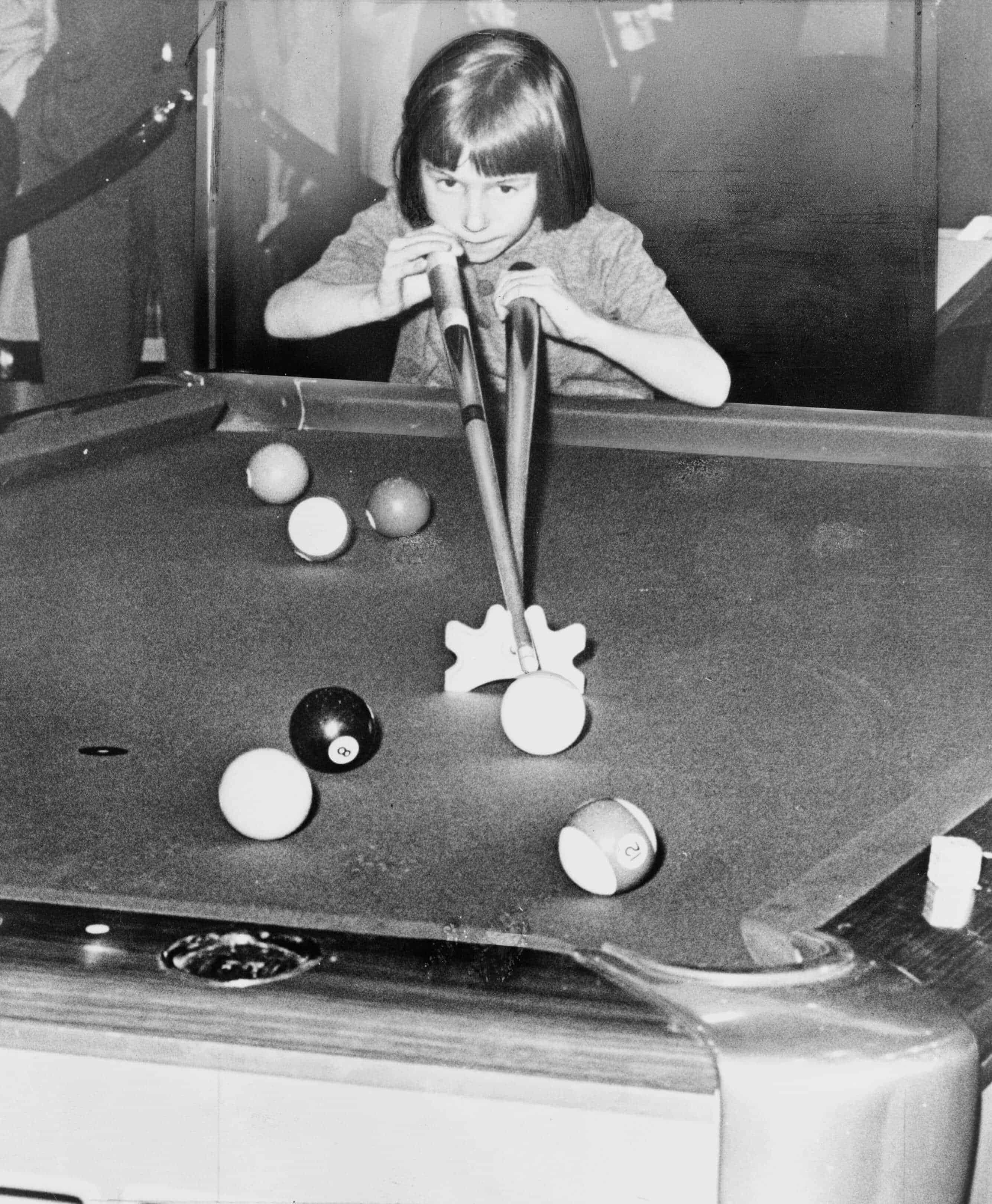 Table No Jean The Queen Balukas Bata Bar Billiards - Steve mizerak pool table